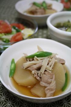 豚バラと大根煮
