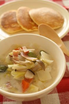 なんでも野菜の豆乳スープ
