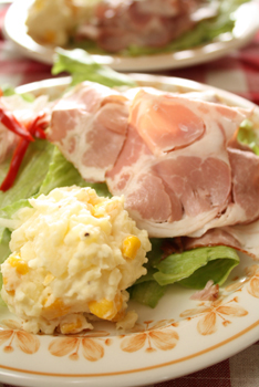 ショルダーハムのサラダ
