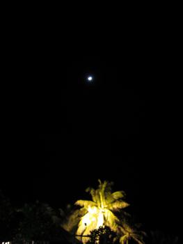 カロンビーチの月夜