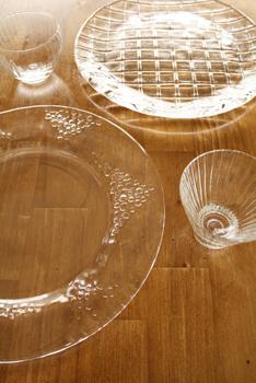 スガハラガラス