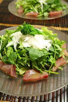 天然鰤のお刺身サラダ