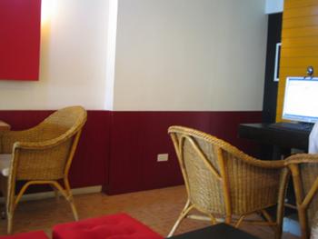 カタビーチのネットが使えるカフェ
