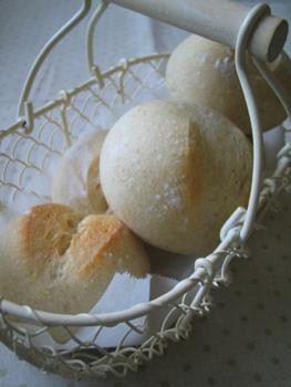 天然酵母ヨーグルト菌のパン