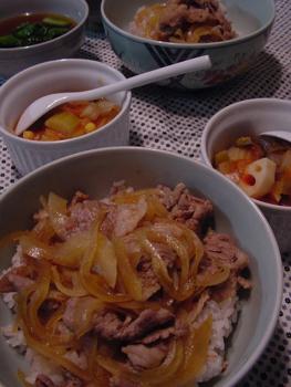 牛丼・ラタトゥイユ