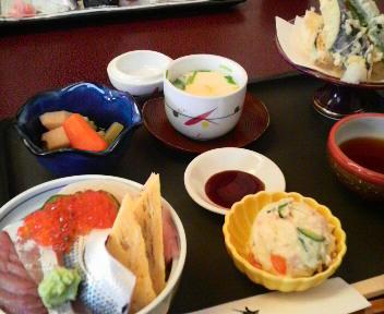 ランチちらし寿司セット