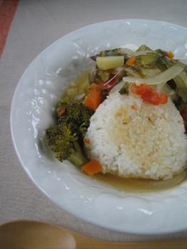 焼きおむすび入り野菜スープ
