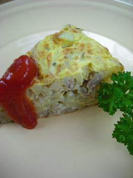 ジャガ芋タマネギひき肉入りスパニッシュオムレツ
