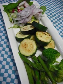 いろいろ野菜の盛り合わせ