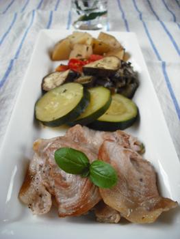 イタリアン風煮込みと豚肉