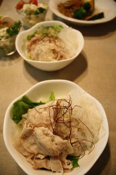 蒸し野菜と豚肉
