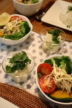 サラダとお豆腐