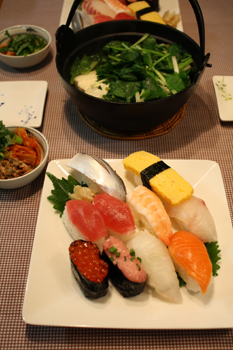 根三つ葉入り湯豆腐とお寿司