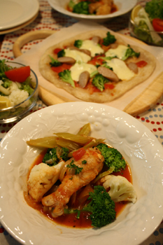 チキンのトマト煮と、手作りピッツア