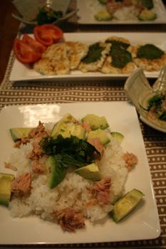 ツナとアボカドのお寿司